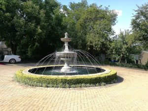 Fountain at Memoire wedding and function venue