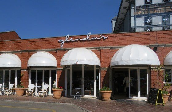 Glenda's in Hyde Park